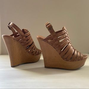 Mossimo strappy wood heels   Size 5.5